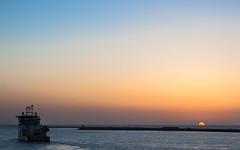 Sunset IJmondhaven (tribsa2) Tags: nederlandvandaag sunrisesunset sunset seaside sky seascape shoreline sea ship schip vessel noordpier nederland netherlands