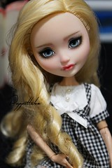 Apple (Puppet Tales Dolls) Tags: ooak ooakdoll doll repaint dollrepaint custom customization applewhite apple white everafterhigh eah sweet kawaii cute
