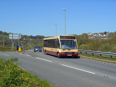 Harris Coaches 39 (Welsh Bus 18) Tags: harriscoaches optare solo m920 39 ba56gha bargoed supertravel mx56aaz ghacoaches 1383