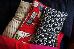 Five pillows (Alfredo Liverani) Tags: odcdailychallenge odc daily challenge pillows 1162018 project365116 project365042618 project36526apr18 oneaday photoaday pictureaday project365 project project2018 2018pad canong5x canon g5x pointandshoot point shoot ps flickrdigital flickr digital camera cameras