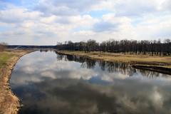 IMG_1614 River Labe (jaro-es) Tags: rio river fluss czechrep reflection reflexión spiegelung wolken nature natur natura naturewatcher naturemaster naturesfinest nubes canon eos70d