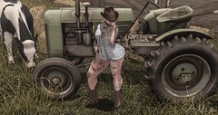 Country Girls Ain't Afraid to Get Dirty (Allie (Lilly Sunflower)) Tags: candydoll twc thewhitecrow c88 collabor88 exposeur belleza hive ddd hpmd yummy jian argrace