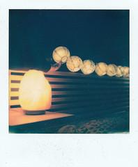 (HO|PE) Tags: film pellicola analog analogica polaroid polaroidsx70 sx70 mano hand luci lights