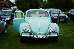 alter VW (.rog3r1 (off)) Tags: volkswagen käfer leicasl summikux50mmf14