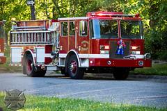 Hamtramck Fire - E1, Detroit Box Alarm, 06/12/2016 (Front Page Photography / Hooks & Halligans) Tags: detroit fire dept department detroitfire detroitfiredept dfd firefighting boxalarm box alarm structure house dwelling hamtramck engine1 engine 1 e1