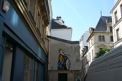 Bird paste-up in Paris (Jürgo) Tags: paris parisstreetart streetart france urbanart streetartfrance publicart paste pasteup wheatpaste poster posterart bird