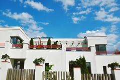 Sunshine (Natale Aves) Tags: architecture building house city colors sky blue sun shine minsk europe belarus light