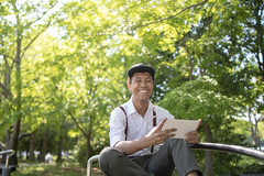 Young Asian guy taking break at public park (Apricot Cafe) Tags: img90496 asia asianandindianethnicities filipinoethnicity healthylifestyle japan odaibatokyo tamronsp35mmf18divcusdmodelf012 tokyojapan bench cap capitalcities copyspace day digitaltablet greencolor happiness leaning lifestyles nature oneperson oneyoungmanonly outdoors people photography publicpark realpeople relaxation sitting smiling springtime threequarterlength toothysmile tourism tourist traveldestinations women youngadult shinagawa tōkyōto jp