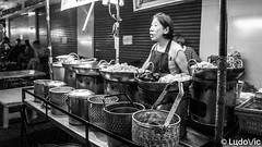 Street's Restaurant (Lцdо\/іс [Offline, on holiday]) Tags: bangkok thailande thailand street food yaowarat china town travel visit thailandia thaïlande voyage people thai lцdоіс