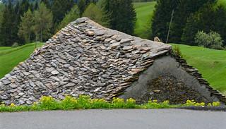 Camperio - Piera  -  Marzanéi (1619 m) - Anvéuda (1674 m) - Piano di Léigra (1686 m) - Pian Curnicc - Passo Cantonill (1937 m) - Pizzo Rossetto (2099 m)