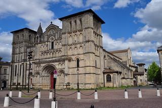 Eglise abbatiale Sainte Croix (XIe-XIIe-XIXe), style roman saintongeais, Bordeaux, Nouvelle-Aquitaine, France.