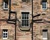 Edinburgh - Häuserfront (az1172) Tags: schottland edinburgh scotland great britain eos 70d az1172 ef 18135 is stm united kingdom british empire häuserfront kabel rohre