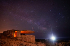 Bunker Cabo Blanco (carloscarriónsánchez) Tags: bunker cabo blanco mallorca nocturna noctógrafos milkyway víaláctea estrellas noche faro stars