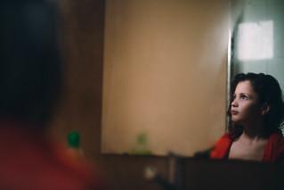 A través del espejo.