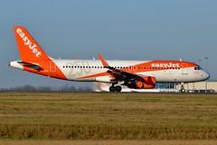 "G-EZOL Airbus A320-214 EasyJet ""250th Airbus"" livery (CDG/LFPG) (geoffrey.zdcki) Tags: ezy landing cdg charlesdegaulle lfpg paris spotting spotter easyjet england gezol airbus a320"