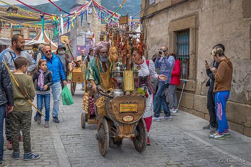 "XVII Mercado Medieval de La Adrada • <a style=""font-size:0.8em;"" href=""http://www.flickr.com/photos/133275046@N07/40958523215/"" target=""_blank"">View on Flickr</a>"