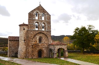 Iglesia San Salvador de Cantamuda