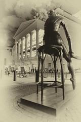 Young dancer (Solas beag) Tags: coventgarden balletdancer londonatnight fujifilmxt2 fujinon16mm14wr royaloperahouse london availablelight austinohara silverefexpro2 bowstreet enzoplazotta sculpture