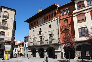 Ayuntamiento de Orduña (País Vasco, España, 14-4-2018)
