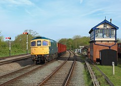 33035, Swithland, 3 May 2018 (Mr Joseph Bloggs) Tags: great central railway gcr gc swithland sidings signal box 33 33035 035 brcw crompton train treno bahn railroad preserved pole polephotography loughborough freight cargo emrps east midlands photographic society