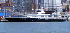 Luxury yatch, New York City. (Roly-sisaphus) Tags: nyc thebigapple unitedstatesofamerica vessels boats hudsonriver