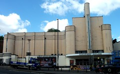 Old Odeon cinema Woolwich London SE18.  10/05/18. (Ledlon89) Tags: odeon cimema picturehouse artdeco woolwich london oldlondon building buildings 1930slondon 1930s design pictures movies films