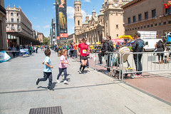 2018-05-13 11.27.34 (Atrapa tu foto) Tags: 2018 españa saragossa spain zaragoza aragon carrera city ciudad corredores gente maraton people race runners running es