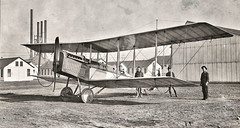 De Have;amd plane at Mineola, NY used for airmail service May 17, 1918 NARA165-WW-556D-009 (SSAVE over 13 MILLION views THX) Tags: usps unitedstatespostalservice airmail 1918 airplane aircraft armyaircorps