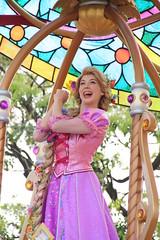 Dreaming Up! (sidonald) Tags: tokyo disney tokyodisneyland tdl tokyodisneyresort tdr dreamingup parade happiestcelebration 35thanniversary ディズニーランド ドリーミング・アップ! ハピエスト・セレブレーション! 35周年 パレード rapunzel ラプンツェル