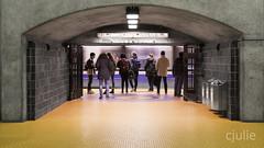 embarquement (cjuliecmoi) Tags: stm métro transport urbain
