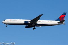 Delta Airlines | N827MH | Boeing 767-432/ER | JFK | KJFK (Trevor Carl) Tags: 767432er aviation boeing avgeeks photo 29705 aircraft airplane alltypesoftransport deltaairlines jfk kjfk n827mh newyork newyorkcity newyorkjohnfkennedy plane transport unitedstatesofamerica airlinersnet