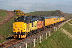 37421+37254 1Q47 (Cumberland Patriot) Tags: colas rail freight railfreight ee english electric 12csvt engine type three type3 centre headcode box growler syphon class 37 370 37254 6954 d6954 cardiff canton 374 37421 37267 6967 d6967 dieselelectric diesel loco locos locomotive locomotives yellow test train trains nethertown copeland borough cumbria cumberland cumbrian coast railway line railways railroad single track token section 1q47 nr network