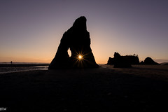 Ruby Beach (MikeWeinhold) Tags: rubybeach sunburst sunstar beach olympicnationalpark us national parks 6d 1740mm silhouette