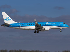 KLM Cityhopper | Embraer ERJ-175STD | PH-EXU (MTV Aviation Photography) Tags: klm cityhopper embraer erj175std phexu klmcityhopper embraererj175std norwichairport norwich nwi egsh canon canon7d canon7dmkii