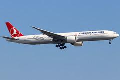TC-LKA (GH@BHD) Tags: tclka boeing 777 773 77w b773 b77w b777 777300 tk thy turkishairlines lhr egll londonheathrowairport heathrow heathrowairport airliner aircraft aviation