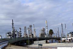 DSC_5714-61 (jjldickinson) Tags: nikond3300 103d3300 nikon1855mmf3556gvriiafsdxnikkor promaster52mmdigitalhdprotectionfilter freeway terminalislandfreeway ca47 ca103 losangeles wilmington oil petroleum petrochemicals fossilfuels refinery