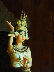 Danseuse Apsara (2) (CloR13) Tags: danseuse dans apsara tradition cambodge cambodgien