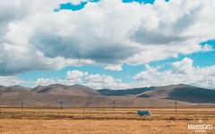 Blue tiny truck (Mando Cast) Tags: blue azzurro yellow mandocast sky road clouds cloudy junin peru nature armandocastanon mandocastphoto travel cornfield farm pasture desert countryside tiny america south amazing wanderlust tarma jauja truck peruvian fields trip mandocastphotography
