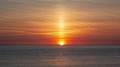 Solnedgang/solsøjle ved Ferring Strand 2 (Walter Johannesen) Tags: solnedgang sunset ferring strand beach vestkysten west coast jylland jutland denmark danmark solsøjle