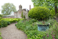Commissioners Garden (1) (John of Witney) Tags: garden commissionersgarden chathamhistoricdockyard chatham kent