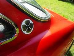 the Sign of the 'Quadrifoglio Verde ' ..* (John(cardwellpix)) Tags: sunday 20th may 2018 1971 alfa romeo 1750 a grand day out for owners club newlands corner guildford surrey uk 3756