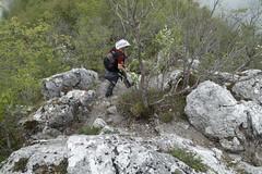 Discesa dal Gabberi (Luca Rodriguez) Tags: capriglia gabberi lucarodriguez apuane alpiapuane montagna mountain trekking hiking toscana tuscany versilia santannadistazzema