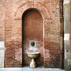(Paolo Cozzarizza) Tags: italia lombardia cremona scorcio muro