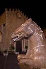 IMGP9980 The Fountain of the Horse, Piazza del Duomo (Claudio e Lucia Images around the world) Tags: taormina night nightshot notturno pentax pentaxk3ii sigma sigma1020 sicily sicilia horse fountain duomo piazzaduomo