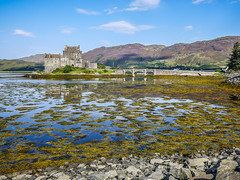 Fairy tale in salt water (RIch-ART In PIXELS) Tags: eileandonan kyleoflochalsh scotland unitedkingdom leicadlux6 leica dlux6 bridge castle lochalsh lochlong loch water dornie lake medieval building mountain