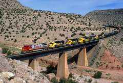 Six units—six models (Moffat Road) Tags: santafe atsf atchisontopekasantafe freighttrain bridge abocanyon abo arroyo sais newmexico bridge8738superfleet warbonnet 670 ge c449w dash9 nm