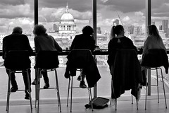 London: Coffee with a view.... (markwilkins64) Tags: markwilkins candid street monochrome stpaul'scathedral riverthames london tatemodern streetphotography bw blackandwhite mono