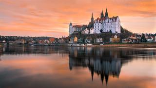 Sunset at the white castle in Meissen - Sonnenuntergang an der weißen Burg in Meissen