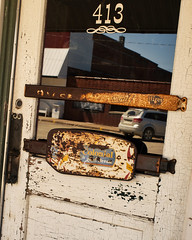 Colonial (Perry Weenkle) Tags: iowa bread door pull push old iconic bar saloon drink alcohol