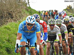 DSCN3842 (Ronan Caroff) Tags: cycling cyclisme ciclismo cyclist cycliste cyclists velo bike course race trobroleon coupedefrance france bretagne breizh brittany 29 finistère lannilis ribin ribinou dust mud poussiere boue men man sport sports avril april